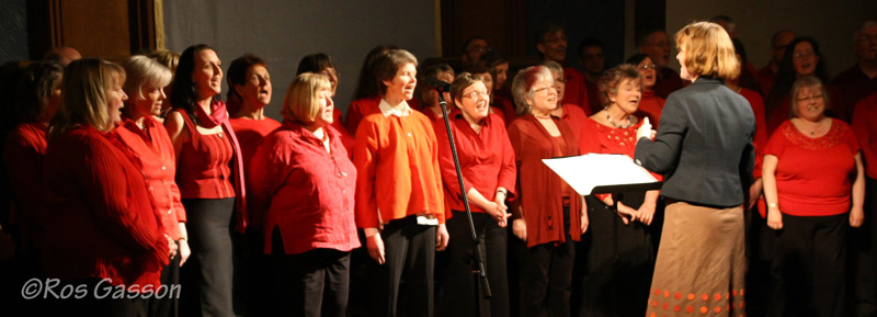 Sangstream choir with MD Mairi Campbell